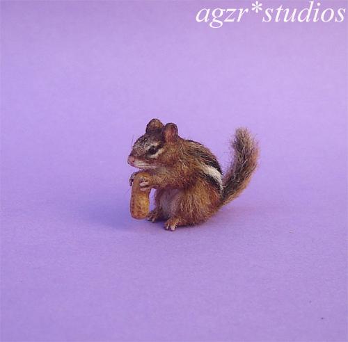 Handmade 1:12 miniature Chipmunk realistic animal pet dollhouse