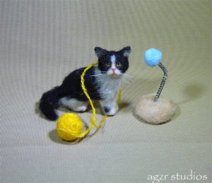 handmade miniature 1:12 dollhouse cat