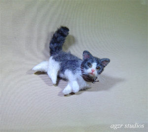 Ooak 1:12 dollhouse white gray cat kitten handmade furred realistic
