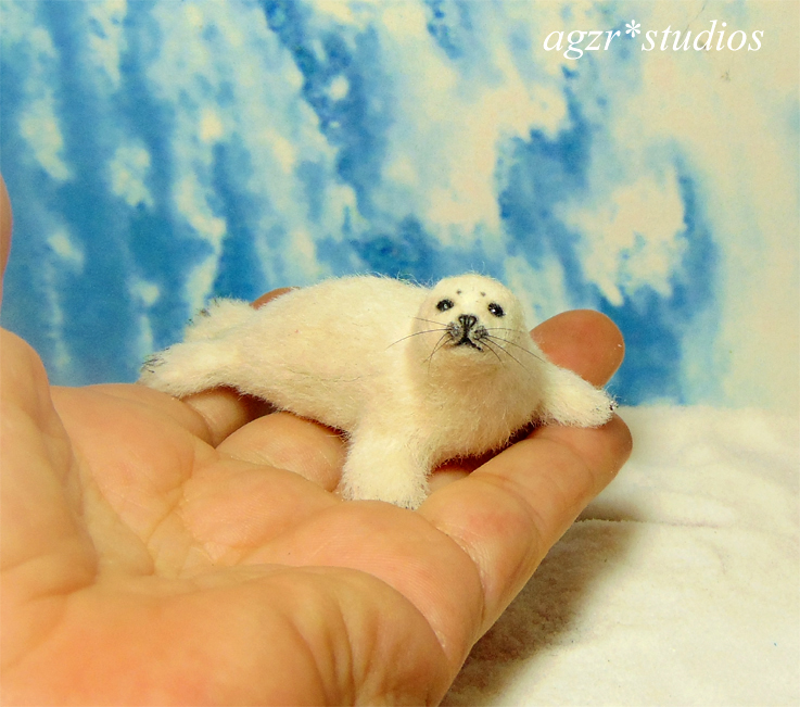 Ooak 1:12 dollhouse baby harp seal furred realistic animal