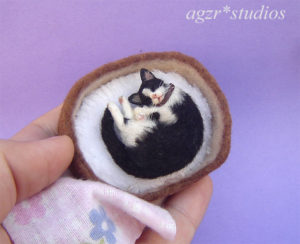 Ooak 1:12 sleeping tuxedo cat & bed furred realistic