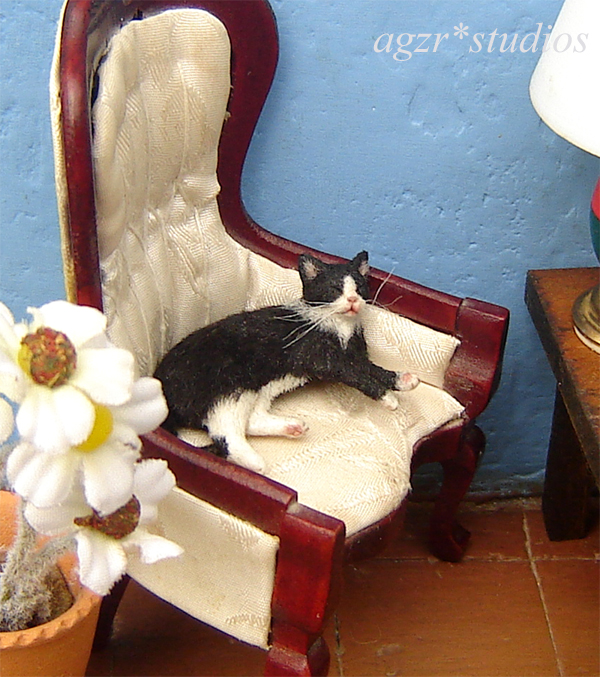 Ooak 1:12 dollhouse black white cat handmade furred realistic