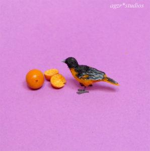 1:12 miniature baltimore oriole bird feathered realistic lifelike pet animal