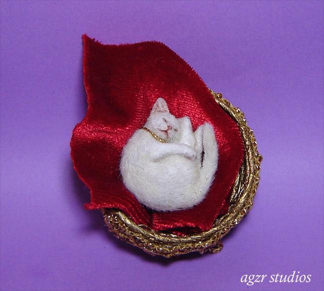 Ooak 1:12 dollhouse white kitten cat handmade furred realistic agzr studios