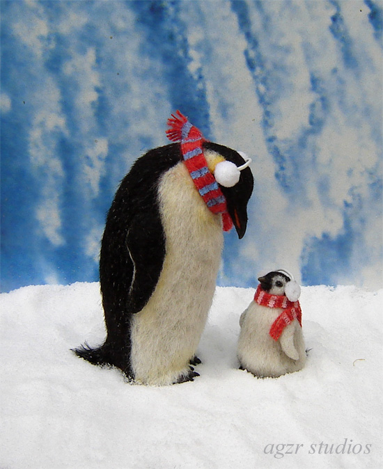 Ooak 1:12 dollhouse miniature emperor penguins dad adult chick baby