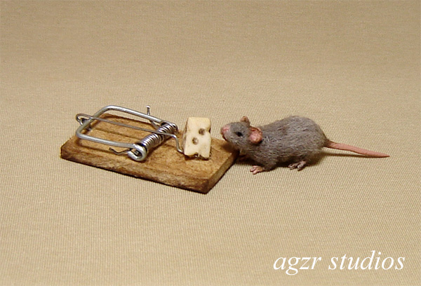 1:12 furred miniature grey rat mouse with trap cheese dollhouse handmade