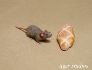 1:12 furred miniature grey rat mouse handsculpted dollhouse