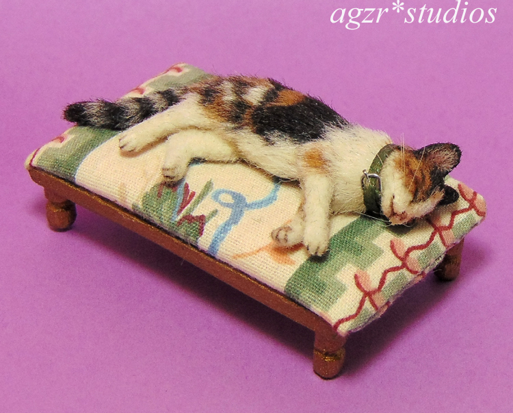 1:12 miniature sleeping calico cat for dollhouse agzr studios