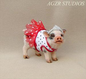 ooak 1:12 miniature dressed piglet with tiara dress micro pet dollhouse
