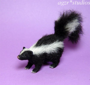 1:12 realistic skunk furred handmade dollhouse scale animal