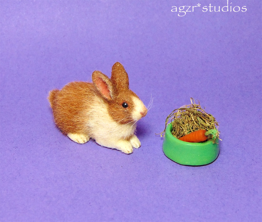 1:12 miniature dollhouse dutch rabbit bunny white yellow realistic