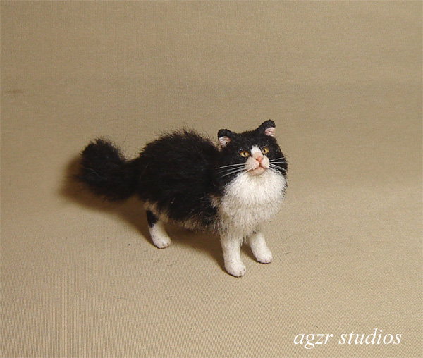miniature 1:12 dollhouse cat lonhaired black white realistic furred ooak