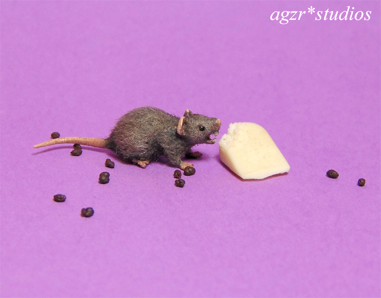 1:12 furred miniature grey rat mouse eating cheese handmade