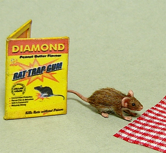 1:12 furred miniature brown rat mouse with trap dollhouse lifelike
