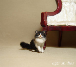 1:12 miniature dollhouse long haired kitty cat kitten